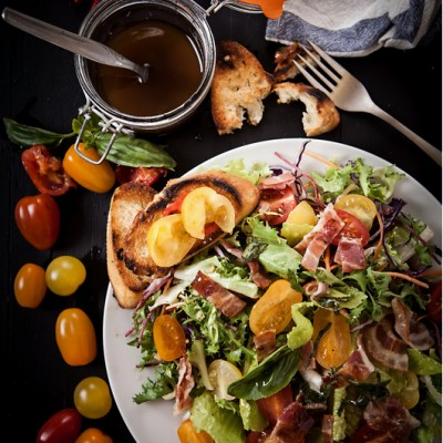 salad with vinegraitte